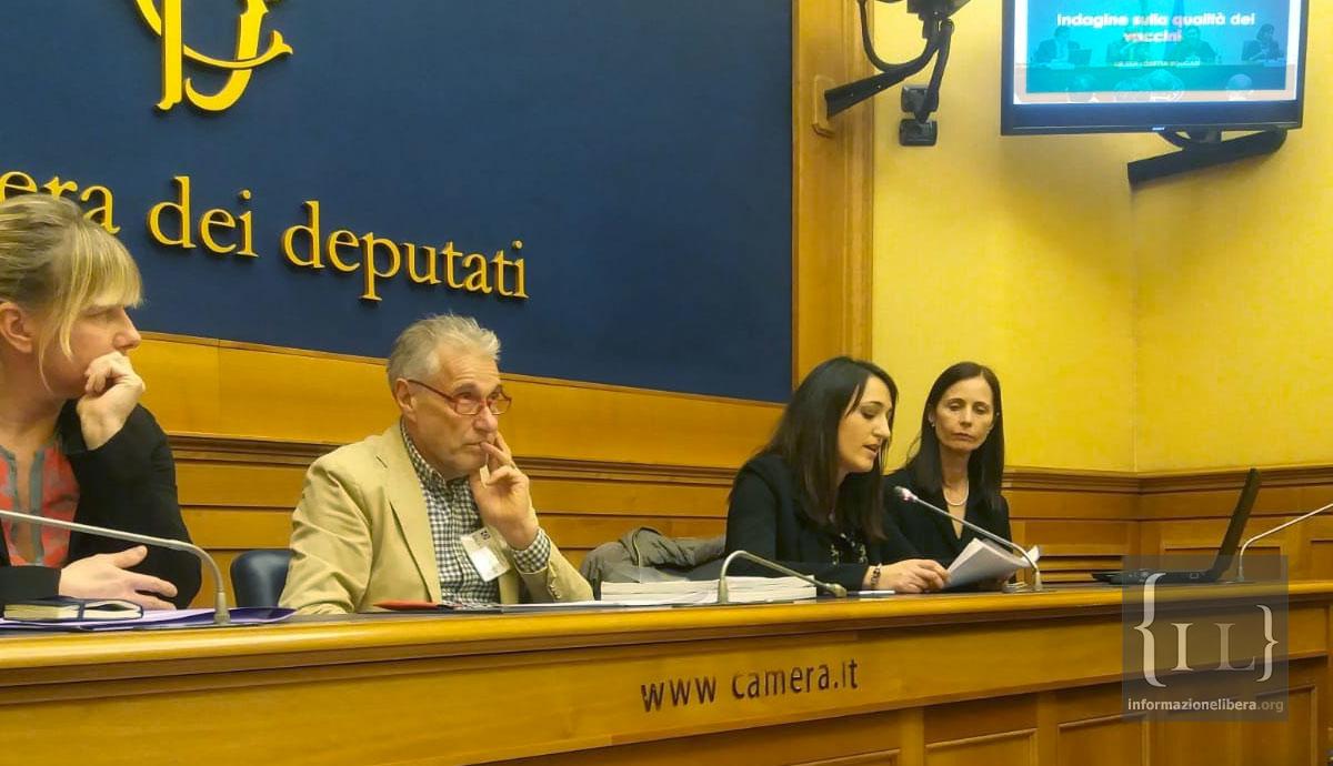 Conferenza stampa alla camera vaccinegate entrato in for Rassegna stampa camera deputati